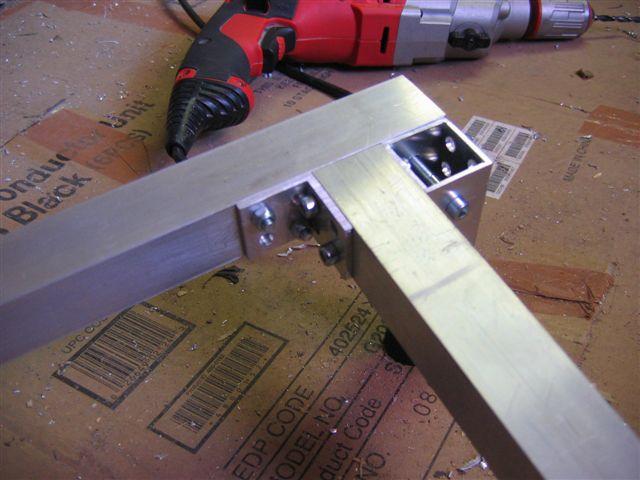 Table frame assembly for Uniones para perfiles cuadrados de aluminio